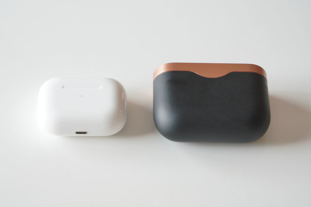 AirPods ProとWF-1000XM3のケース