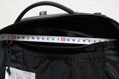 ポケット横幅:20cm